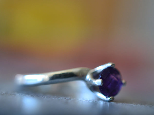 5mm Round Faceted Amethyst Engagement Ring For Women