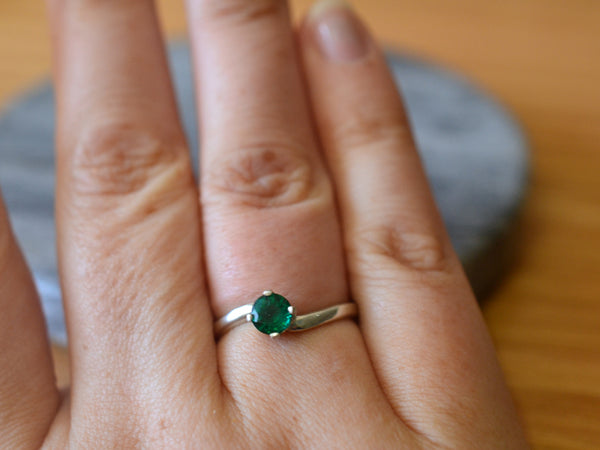 Women's Dainty 5mm Emerald Engagement Ring in Sterling Silver