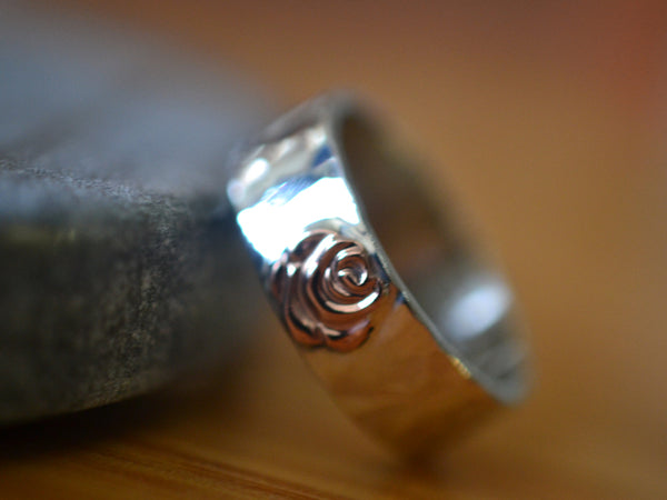 Personalised Sterling Silver & 14K Gold Flower Wedding Band