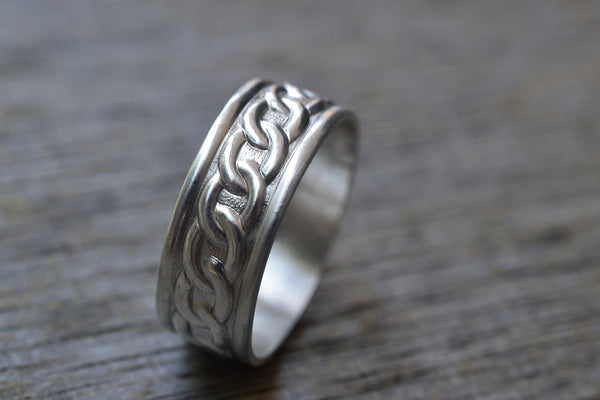 Custom Engraved Sterling Silver Chain Wedding Ring