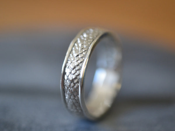 Men's Sterling Silver Dragon Scale Wedding Band