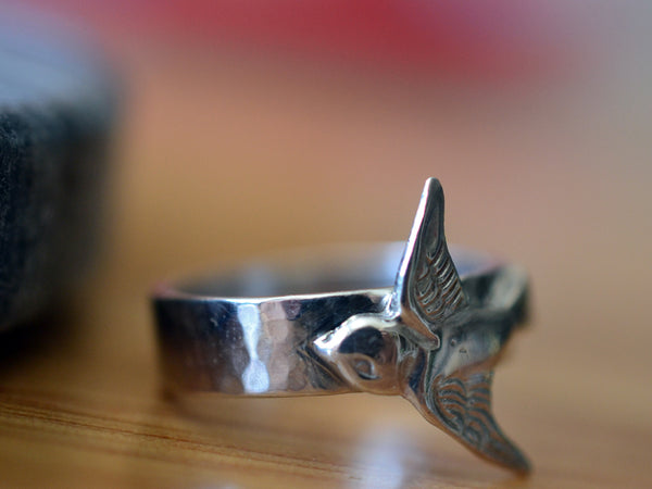 Men's Sterling Silver Swallow Ring With Engraving