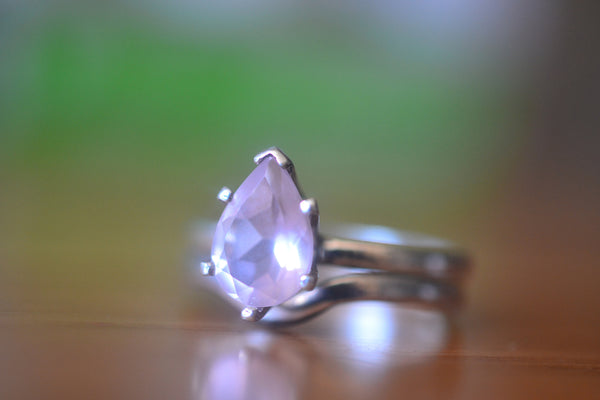Teardrop Pink Rose Quartz Wedding Ring Set For Women
