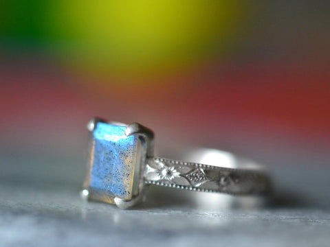 Vintage Style Blue Fire Labradorite Statement Ring in Silver