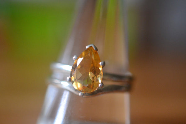 Women's Unique Citrine Wedding Band Set in Sterling Silver