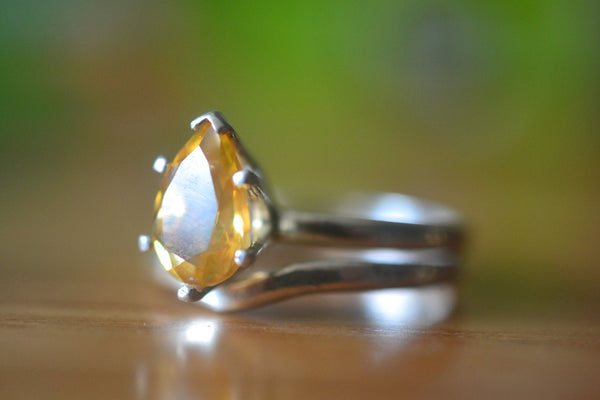 Natural Teardrop Citrine Wedding Ring Set For Women