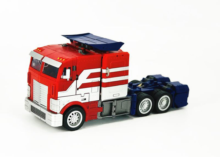 Generation Toy - GT-03 - IDW - O.P EX/3rd Party Optimus Prime - New Painted Version