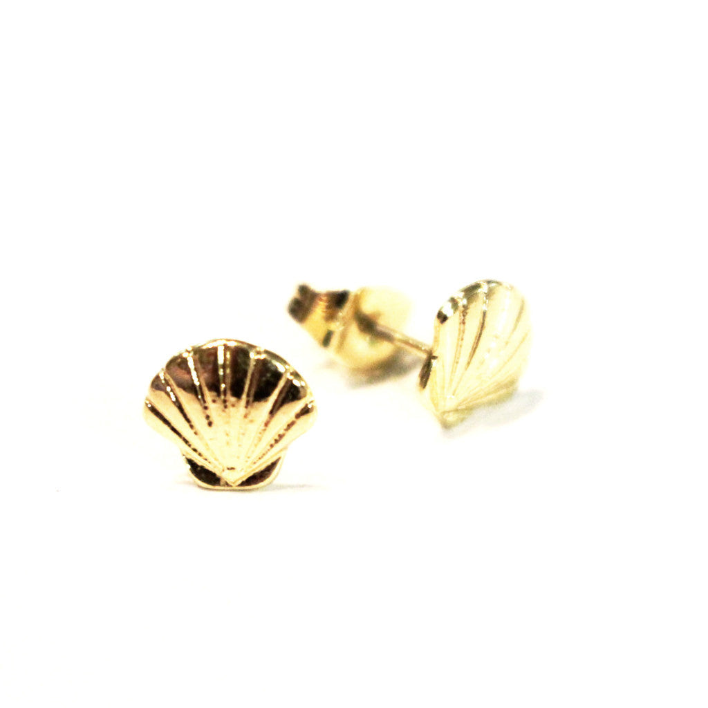 14K Gold Seashell Stud Earrings