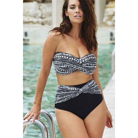 Plus Size Spotted Bikini Swimsuit LAVELIQ