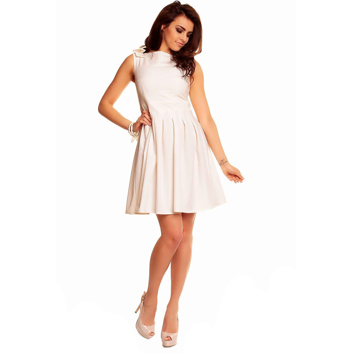 Creamy Flippy Dress With Bend Sleeveless Shoulder LAVELIQ - LAVELIQ - 2