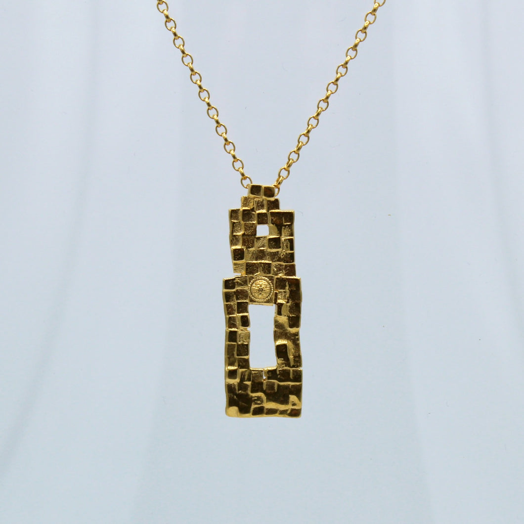 Stories in Stone- Abbey Wall Necklace in Gold