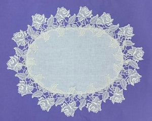 Oval Rose Table Centre/Doily (Lrg)