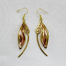 Load image into Gallery viewer, Grange Celtic Spiral Drop Earrings