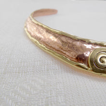 Load image into Gallery viewer, Hammered Torc Necklace with Spiral Detail