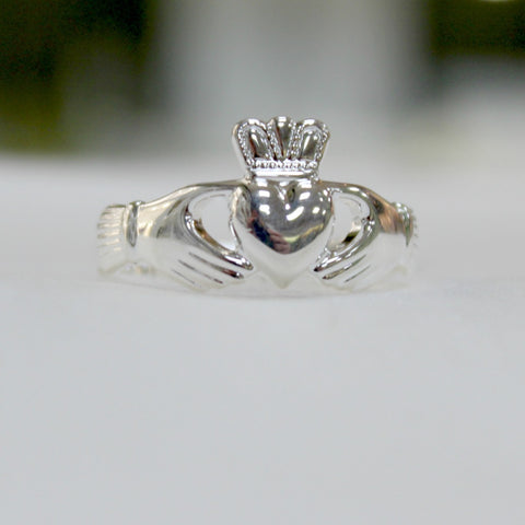 large size mens sterling silver claddagh ring