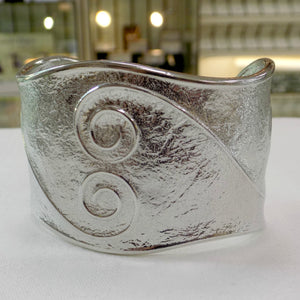 Reaction Double Swirl Cuff