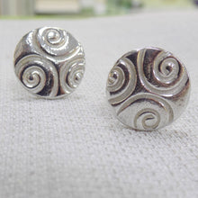 Load image into Gallery viewer, Celtic pattern pewter cufflinks