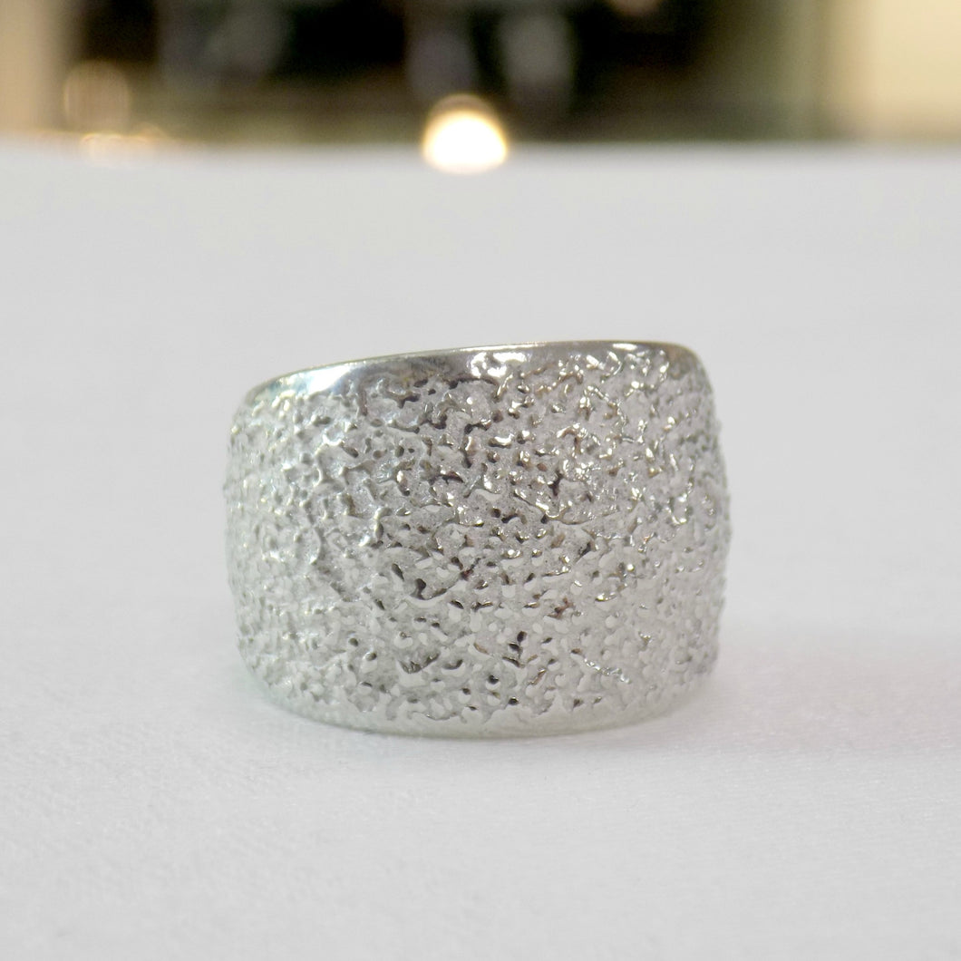Reaction Textured Ring