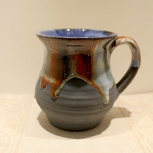 Load image into Gallery viewer, Rossa Pottery Mug Style 2