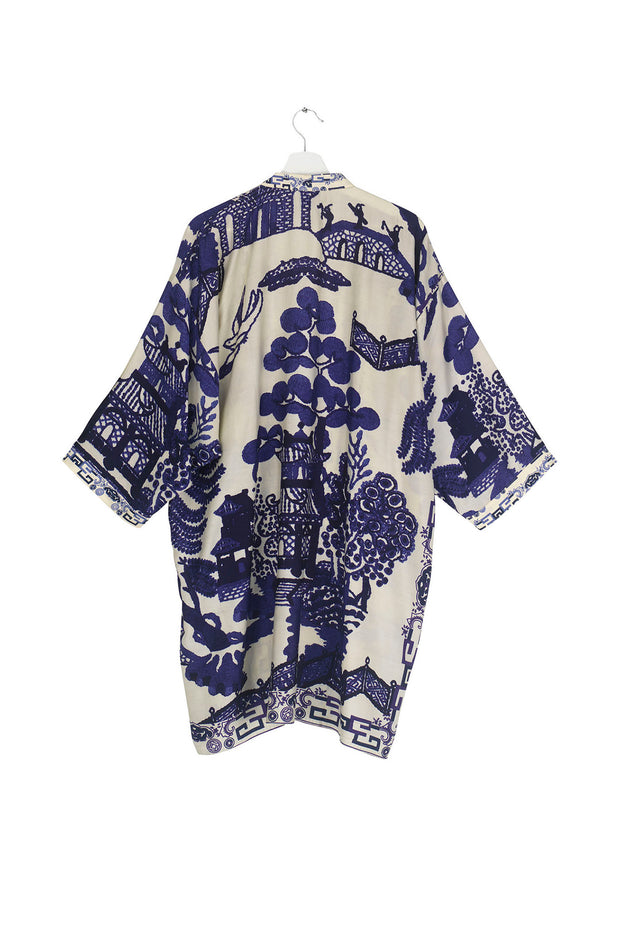 Giant Willow Blue Collar Kimono