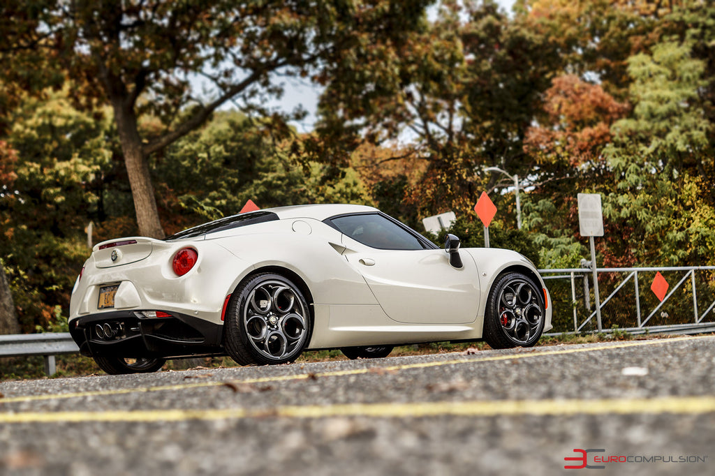 CENTERLINE STRADALE EXHAUST ALFA ROMEO 4C CENTER EXIT - EUROCOMPULSION