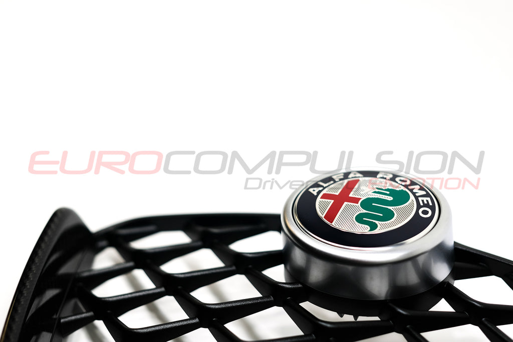 GENUINE ALFA ROMEO CARBON FIBER CENTER GRILL (ALFA ROMEO GIULIA QUADRIFOGLIO) - EUROCOMPULSION