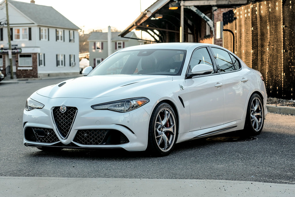 SUSPENSION TECHNIQUES LOWERING SPRINGS (ALFA ROMEO GIULIA 2.9L)