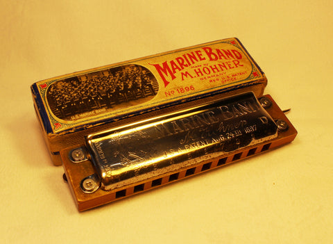 Pre-War Mouse Ear Marine Band in D - Original Pear Wood Comb