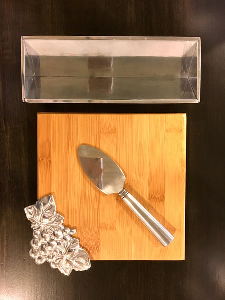Bamboo and pewter cheese set