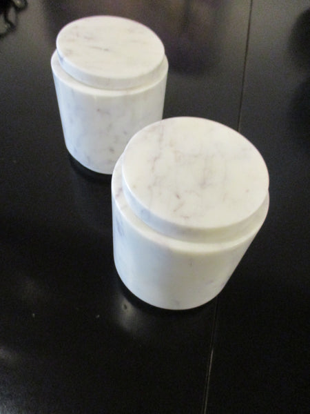 White marble jar with cover