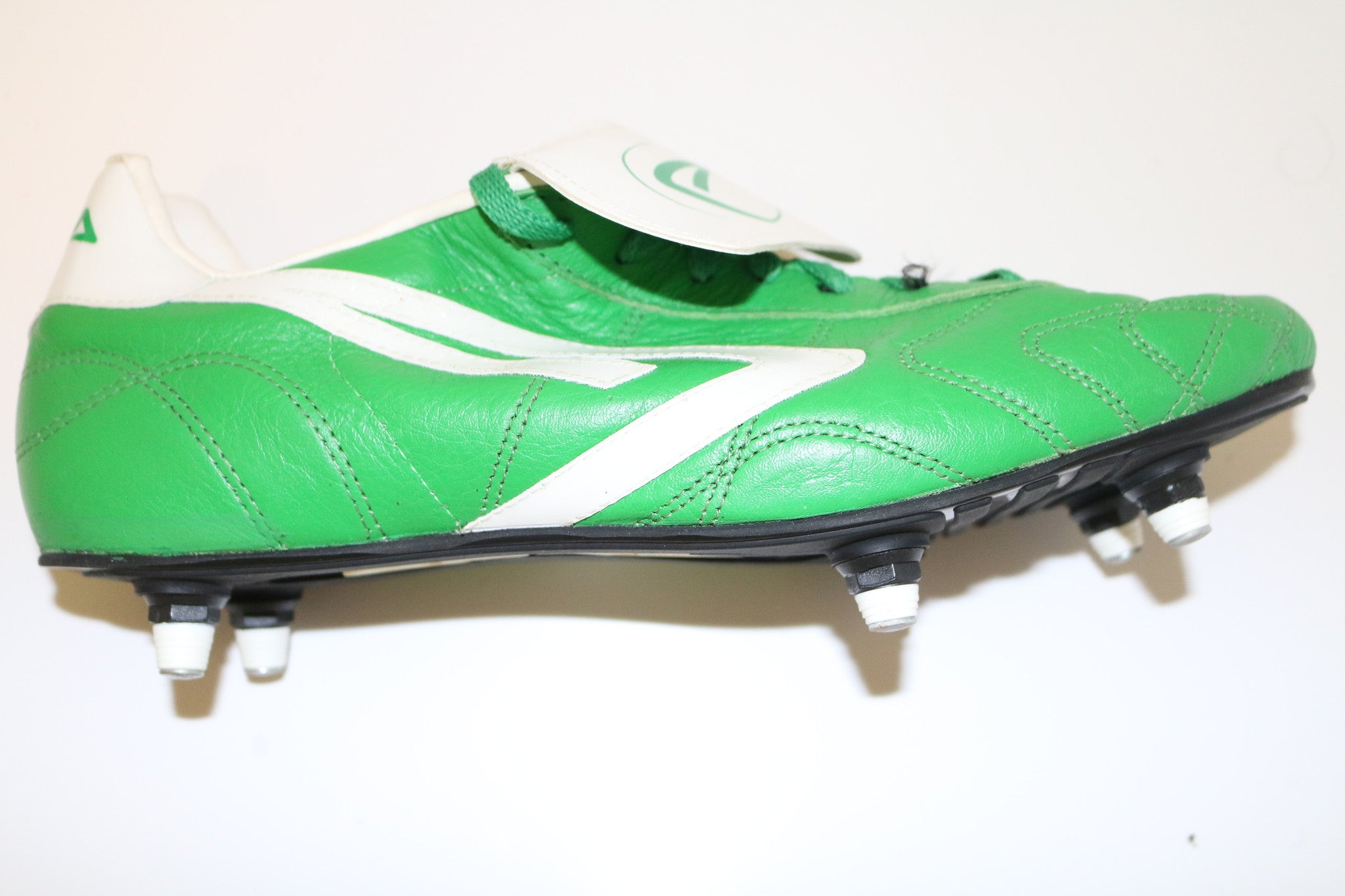 Apta Made in Italy Pro Football Boots UK11 RRP 115 Euros