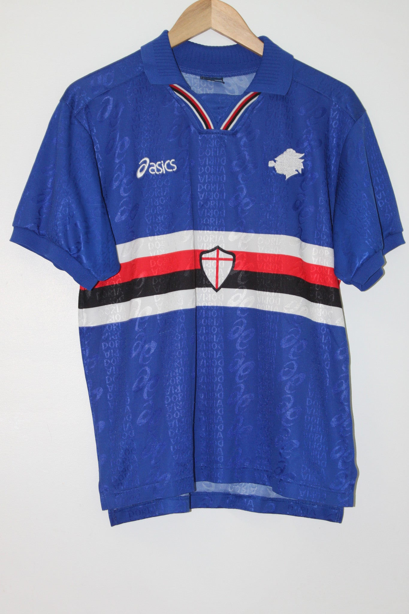 Sampdoria 1996-1997 Home Shirt Medium Asics