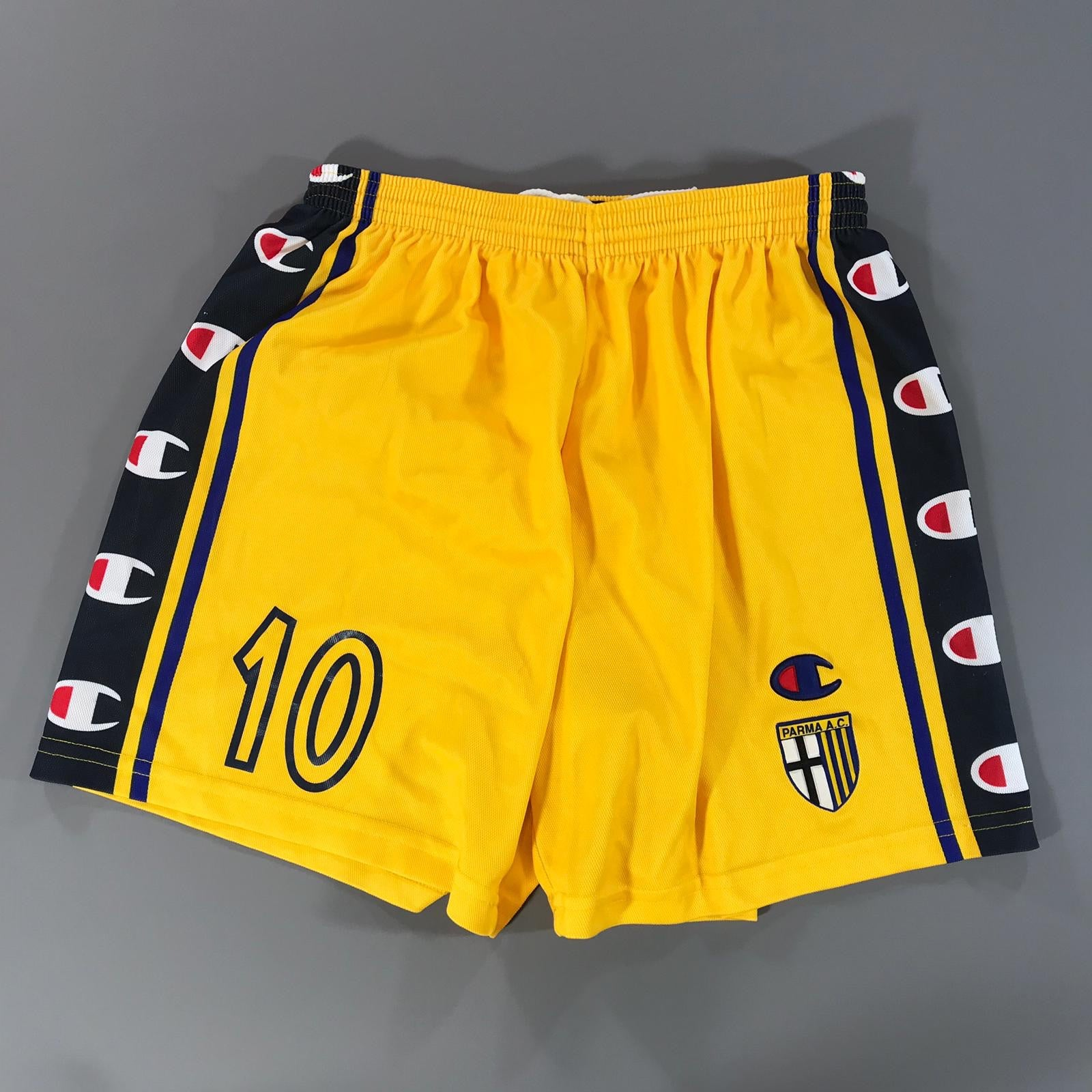 Parma 2002-2003  Home Shorts Large #10 Nakata