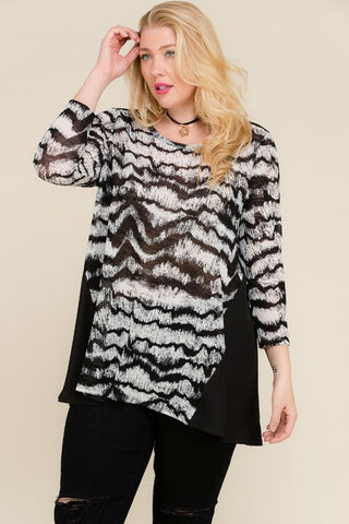 Crewneck Top with Side Contrast PLUS - Sophie's Boutique
