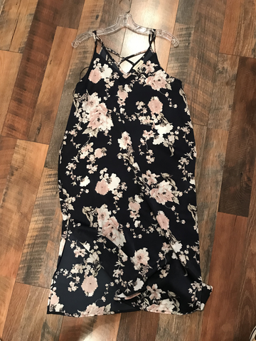 Alicia Floral Satin Dress - Sophie's Boutique