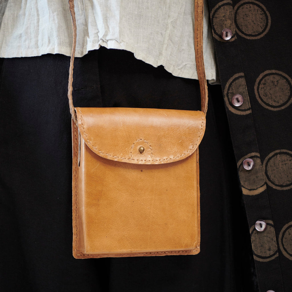 Leather Tiny Shoulder Bag - Tan