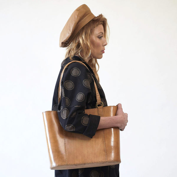 Leather Walkabout Bag Large - Tan