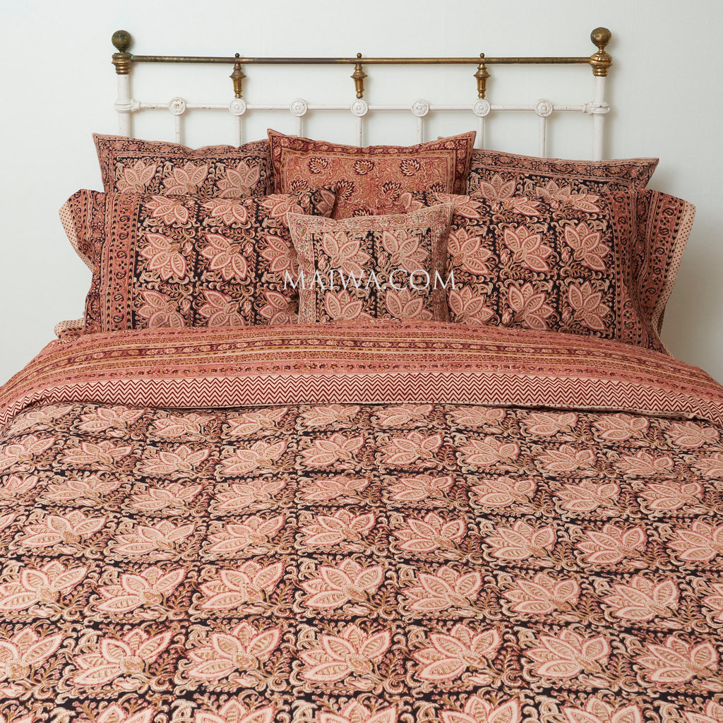 Organic Cotton Queen Duvet - Kalamkari - Rose & Black Bloom