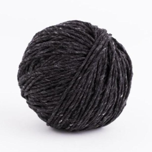 Brooklyn Tweed Quarry Obsidian Black chunky weight wool yarn 100-gram skeins