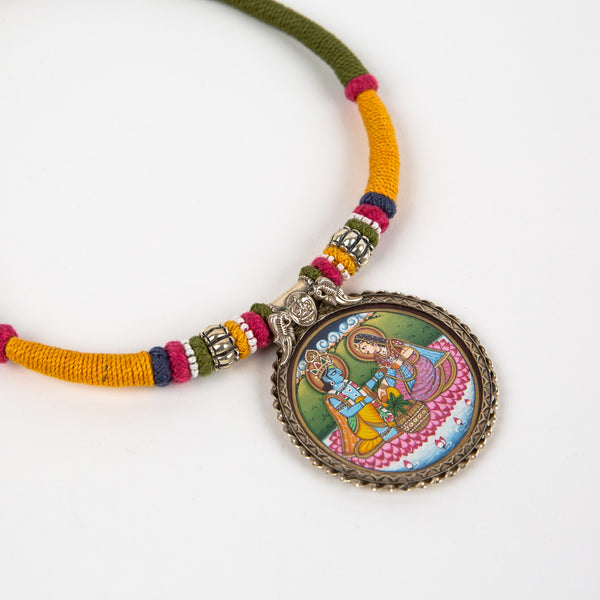Painted natural silk necklace