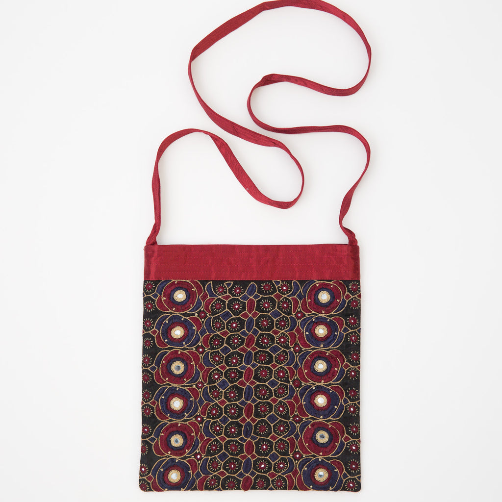 Kachchh Embroidery - Aubergine Shoulder Bag - Pattern 4