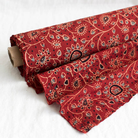 Fabric - Organic Cotton Block Printed with Natural Dyes - Heart Vine Design Red Background