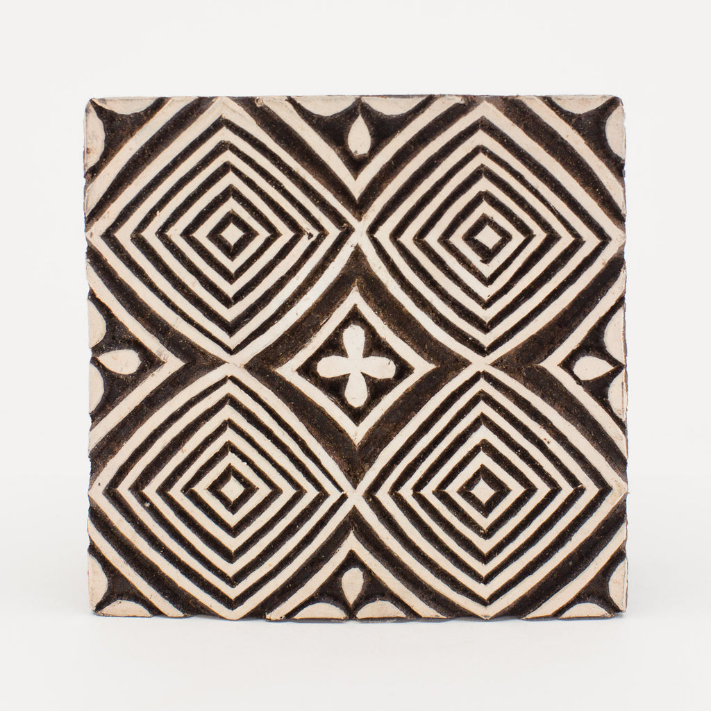 Wood Block - Concentric Diamond Repeating