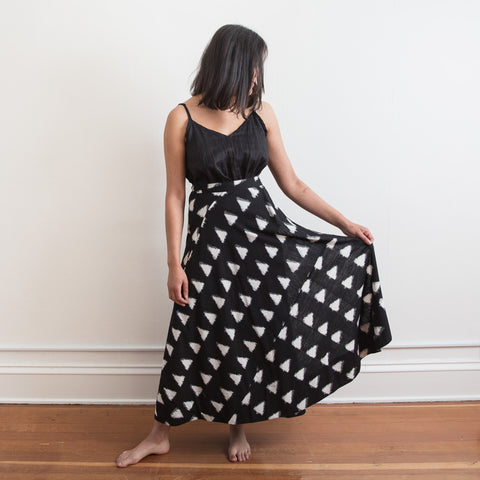 Cochin Wrap Skirt - Black Triangles - Cotton