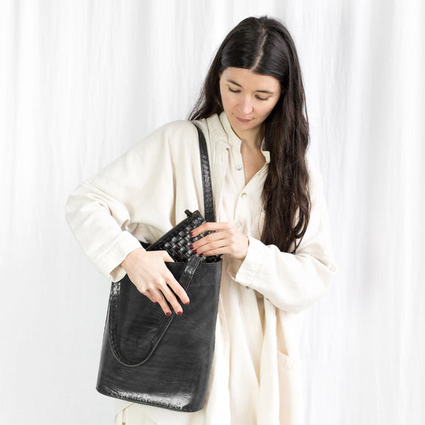 Leather Slim Tote - Black