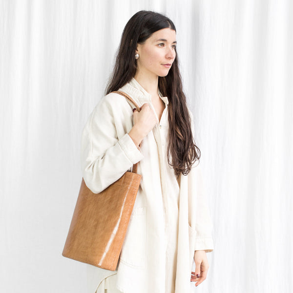 Leather Slim Tote - Tan