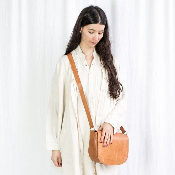 Leather Everyday Shoulder Bag - Tan