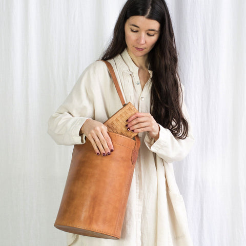 Leather Bucket Bag - Tan