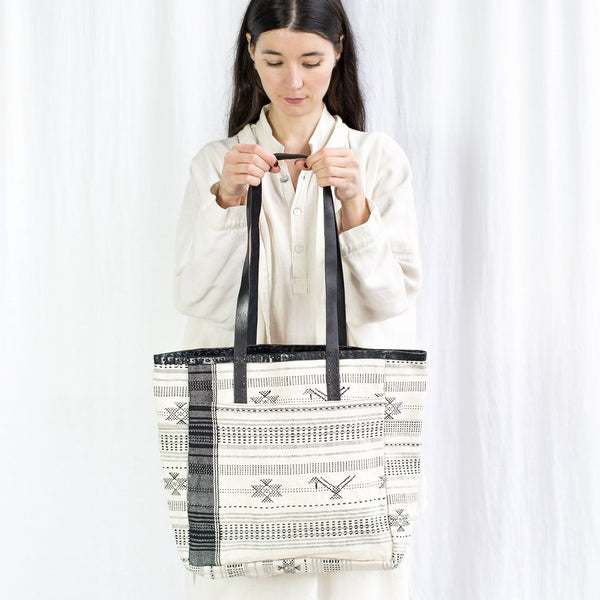 Leather Caravan Bag - Handwoven Cloth White