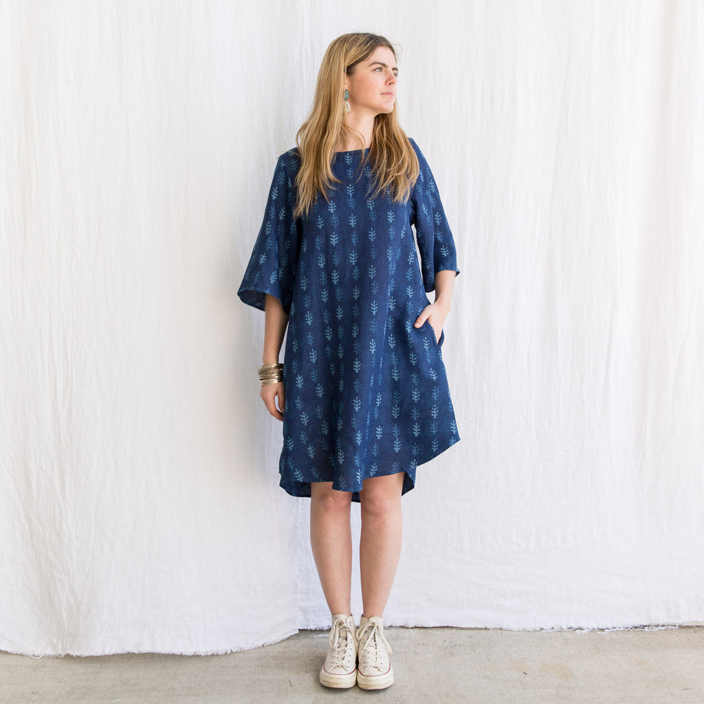 Khira Dress Linen - Indigo Pattee